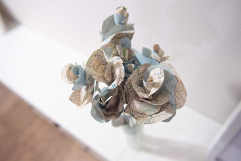 paper map flowers