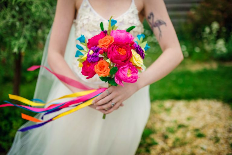 rainbow paper bouquet, paper flowers in action