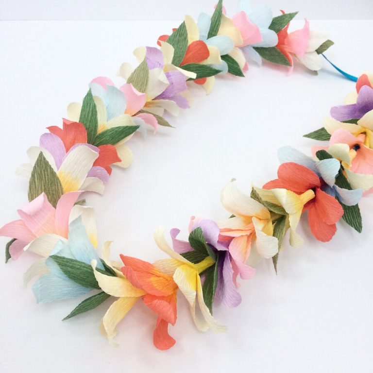 Hawaiian flower garland, paper lei