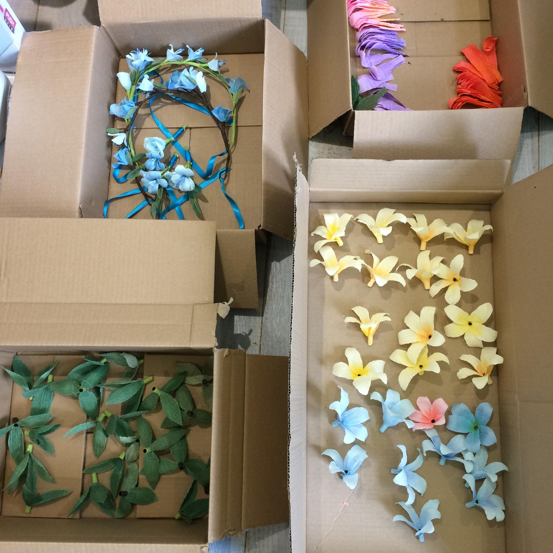 Hawaiian, flower garland, flower lei, paper flowers, paper flower garland, paper flower lei, lei, wedding flowers