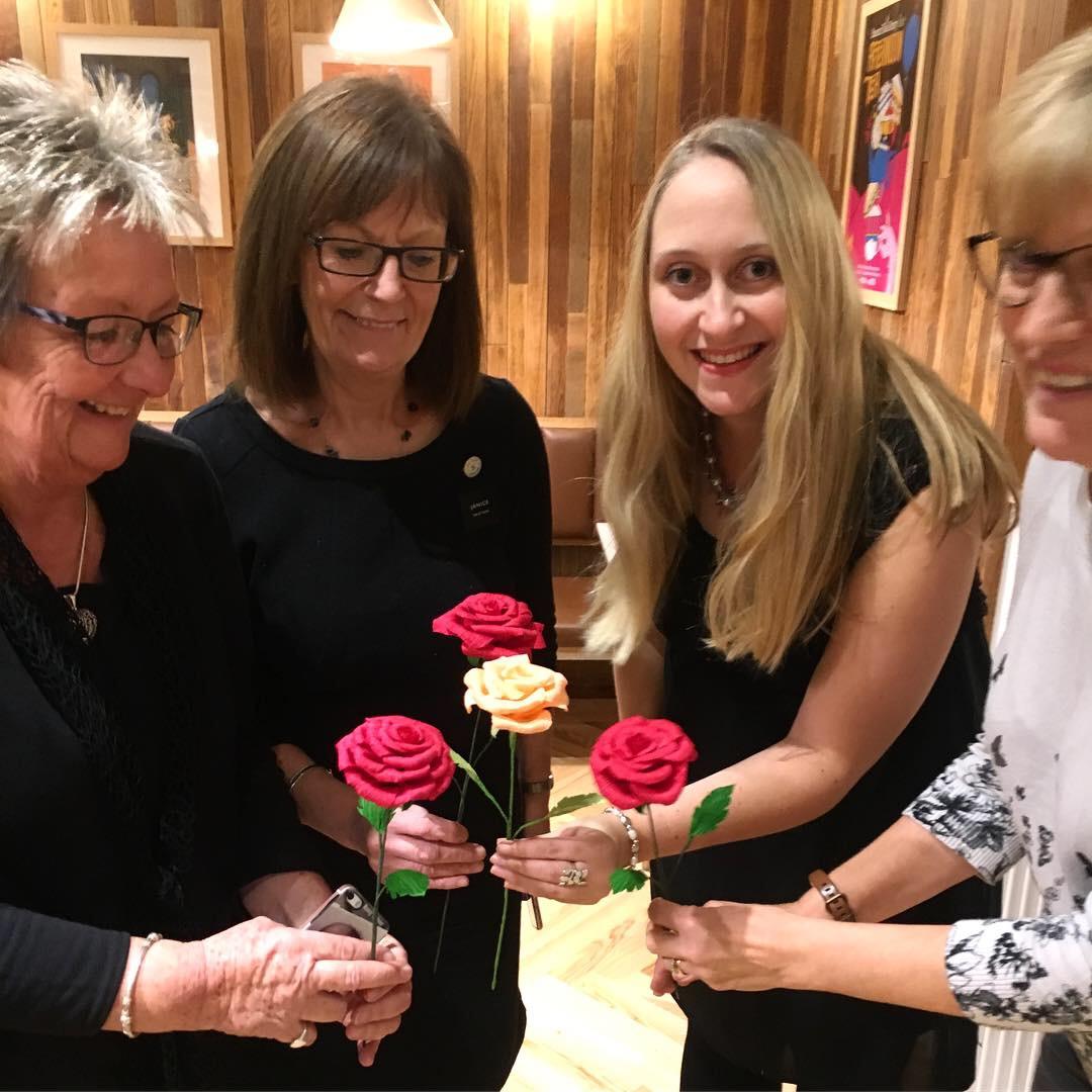 paper rose, paper flowers workshop, wedding flowers, petal and bird