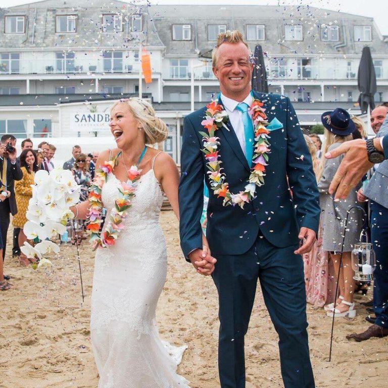 paper wedding leis