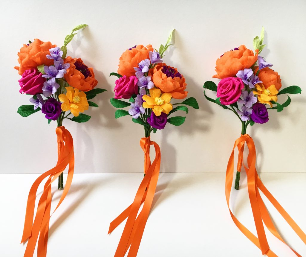 paper bridesmaids bouquets
